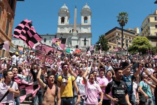 tifosi rosanero a Roma coppa italia